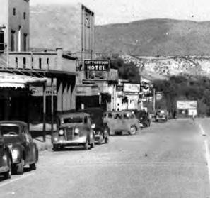 photo Cottonwood Hotel Main Street 1930's Arizona