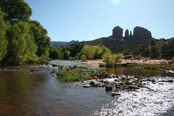 Cottonwood_Hotel_near_Sedona_AZ_vortex